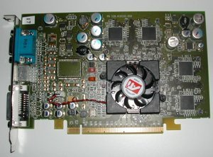 012c000000059989-photo-ati-pci-express.jpg