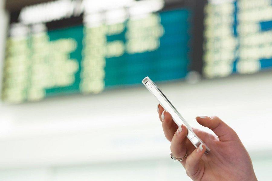 La Commission européenne veut prolonger la gratuité du roaming mobile en Europe de 10 ans - Clubic