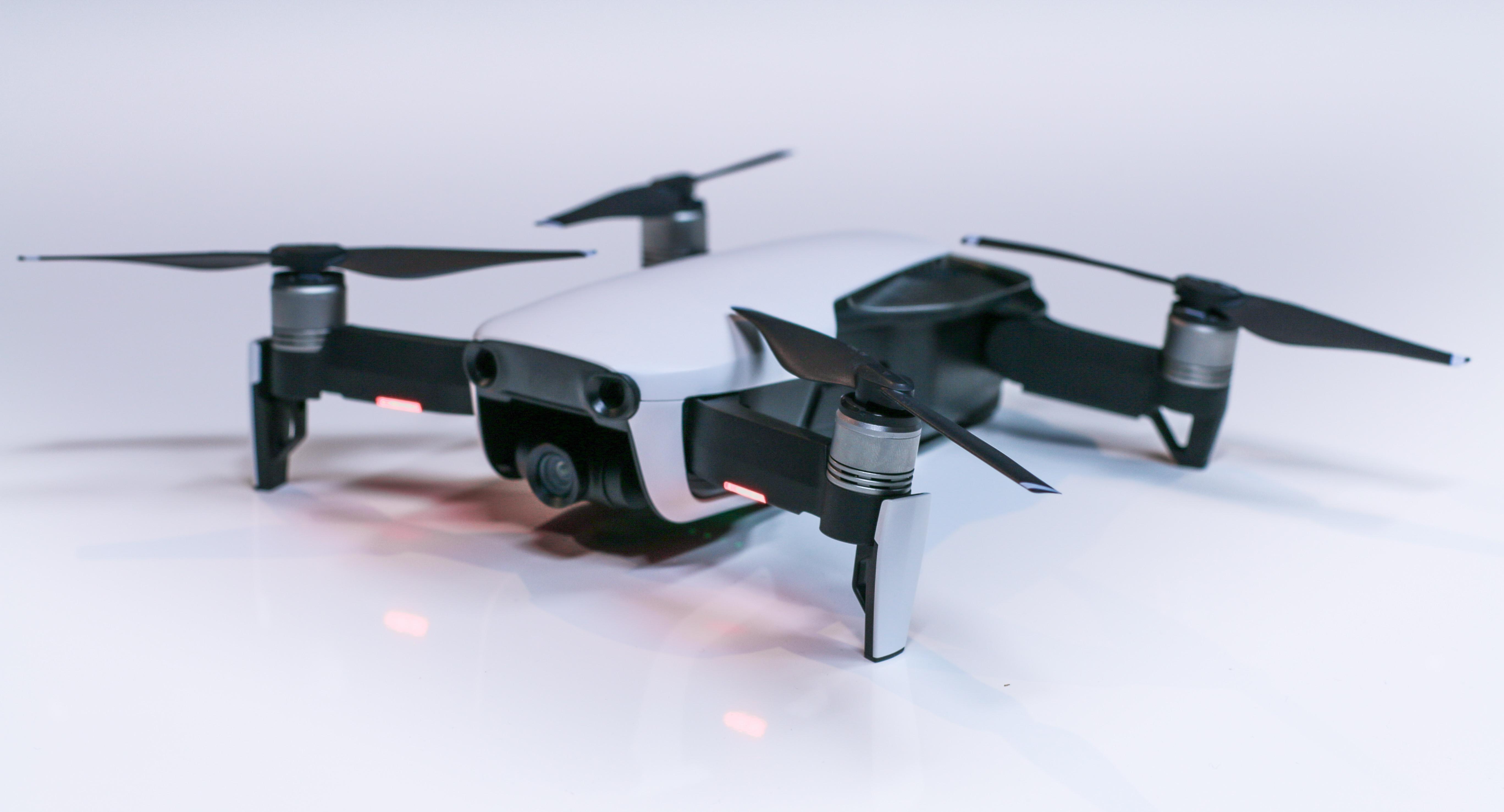 5f8f0bb519d Mavic Air : un drone entre le Mavic Pro et le Spark ?