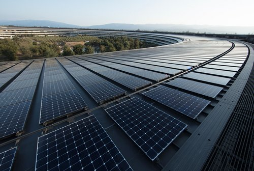 renewable-energy-apple_ap-solar-panels_040918.jpg