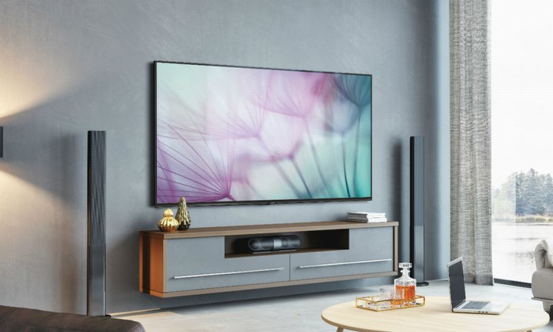 f4233ff7e29fb Sharp LV-70X500E   l écran Ultra HD 8K... à 12 000 euros !