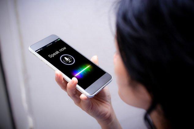 voix smartphone vocal fotolia
