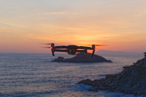 drone Unsplash