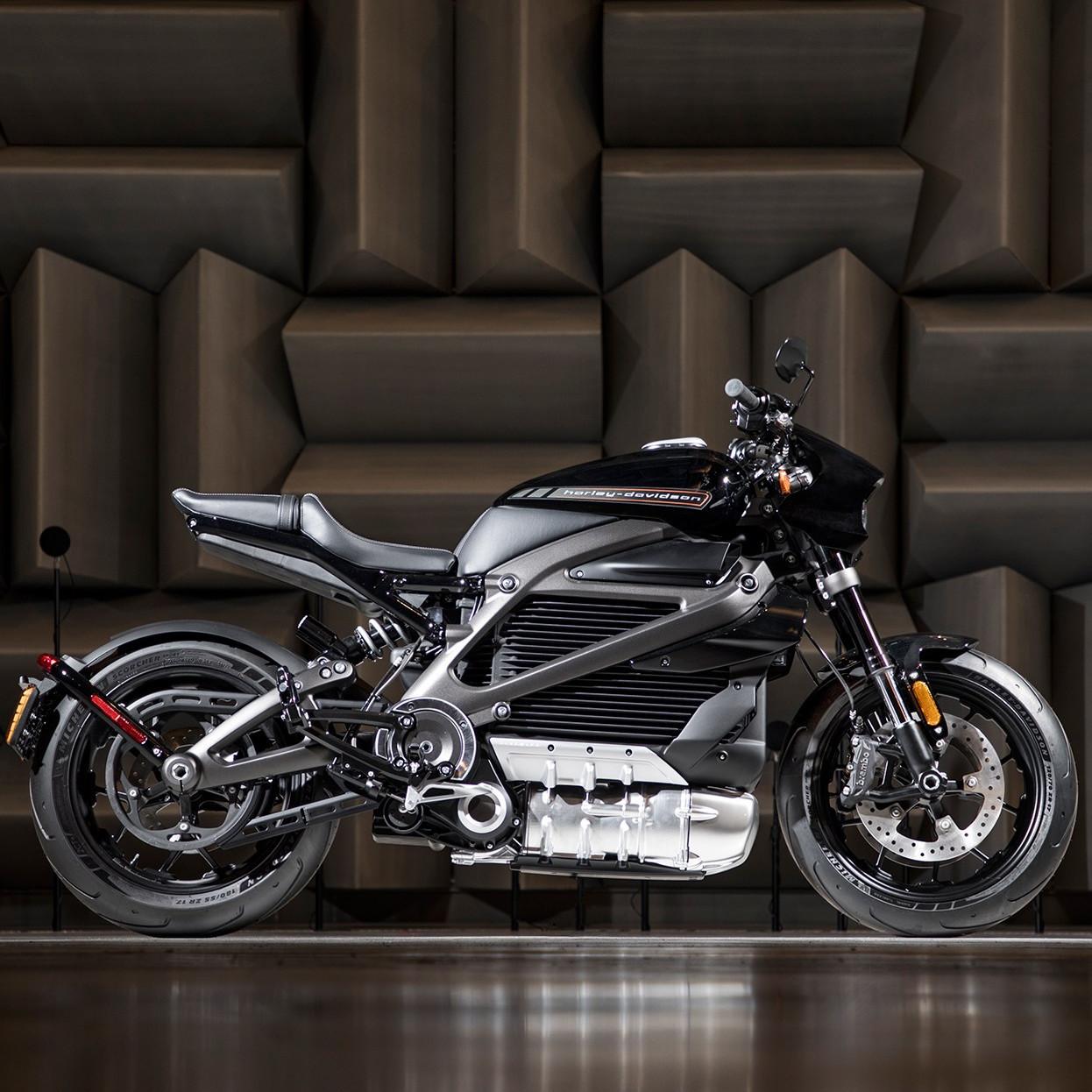 harley davidson commercialisera sa premi re moto lectrique en 2019. Black Bedroom Furniture Sets. Home Design Ideas
