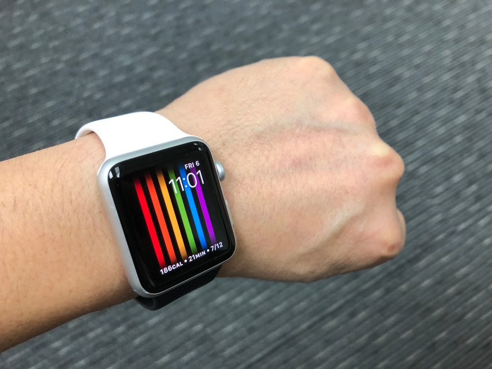 Apple Pride Face AppleWatch