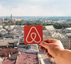 Airbnb : un locataire qui sous-loue un appartement sans autorisation devra rembourser le propriétaire