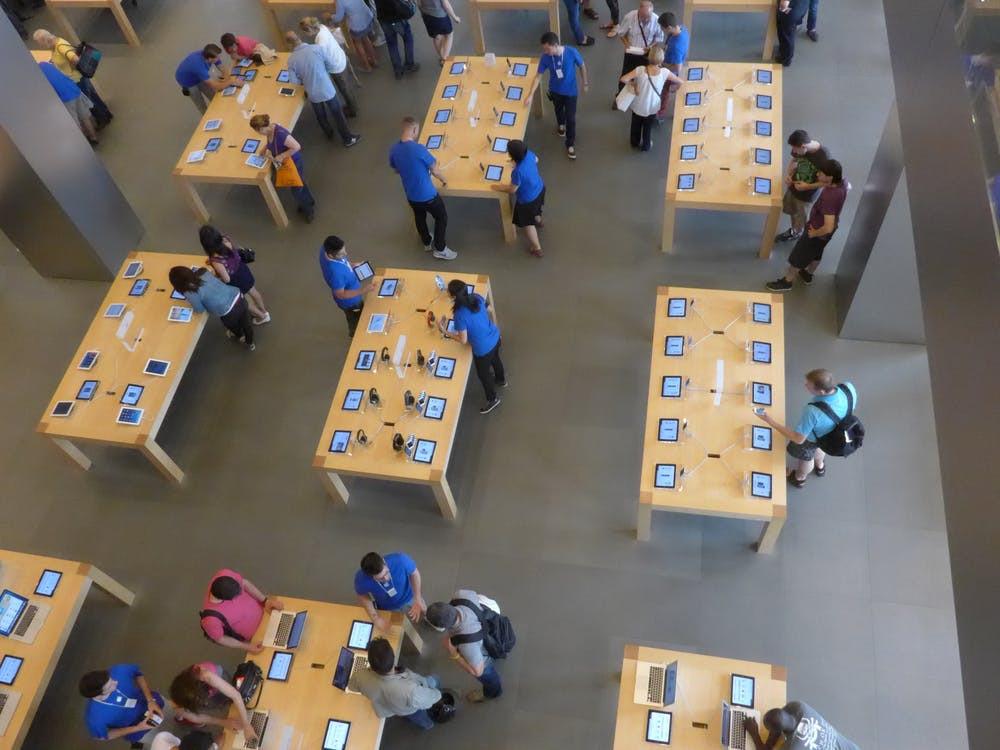 Apple écope d'une amende record de 1,1 milliard d'euros en France — Concurrence