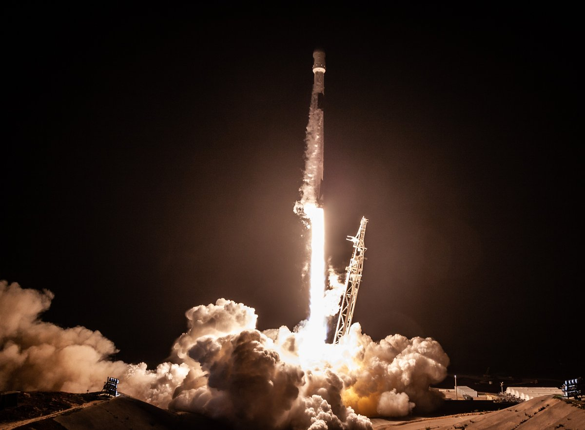 Falcon 9 SpaceX © SpaceX