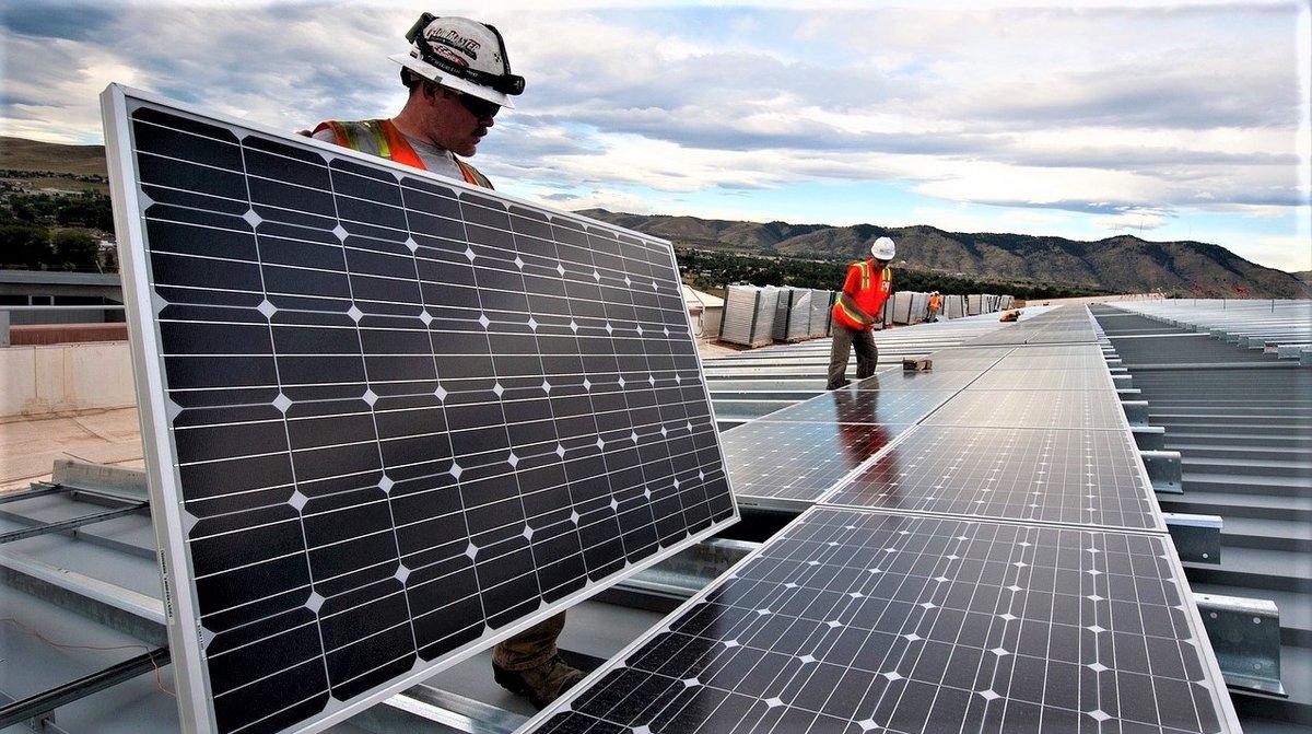 panneau solaire photovoltaique.jpg