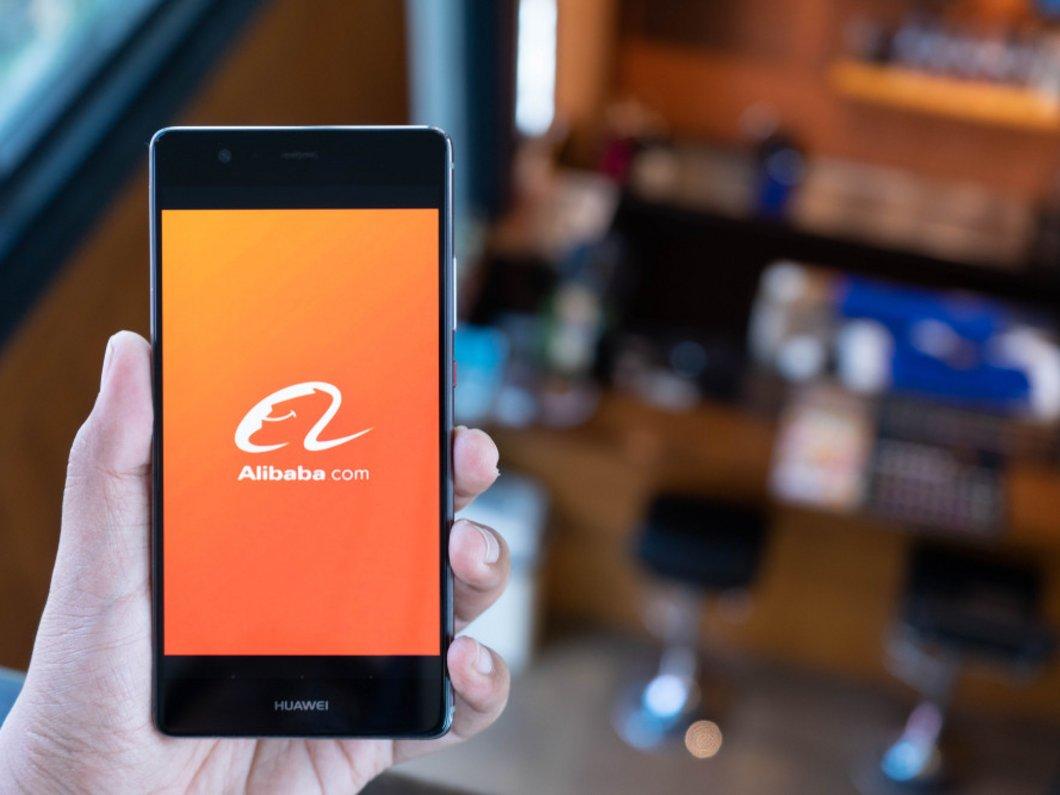 Le géant du e-commerce Alibaba demande une inscription à la bourse de Hong Kong