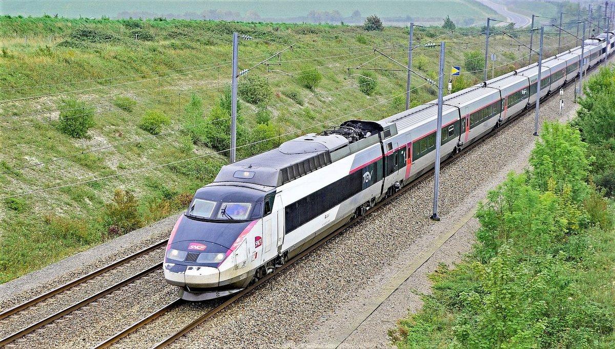 tgv-train-rails.jpg