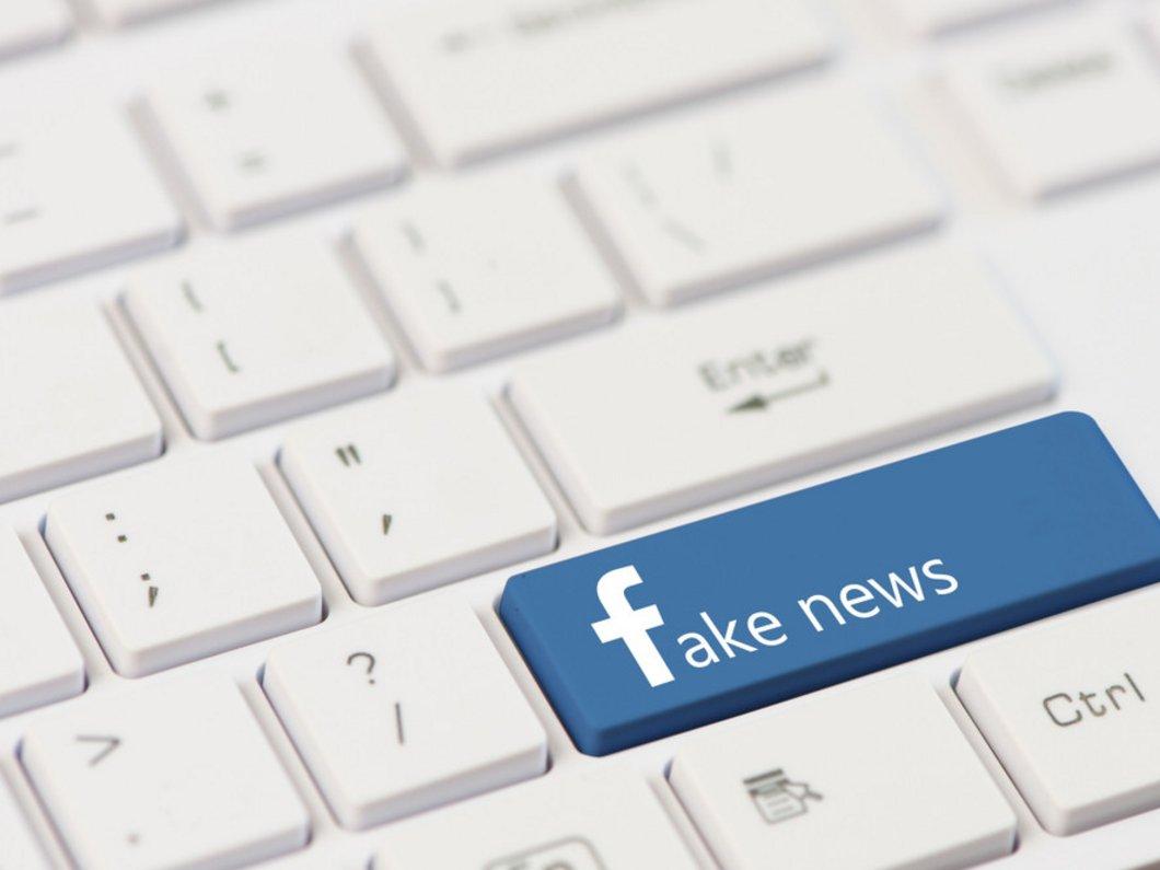 Facebook n'aurait pas supprimé l'ensemble des groupes vendant de fausses critiques Amazon