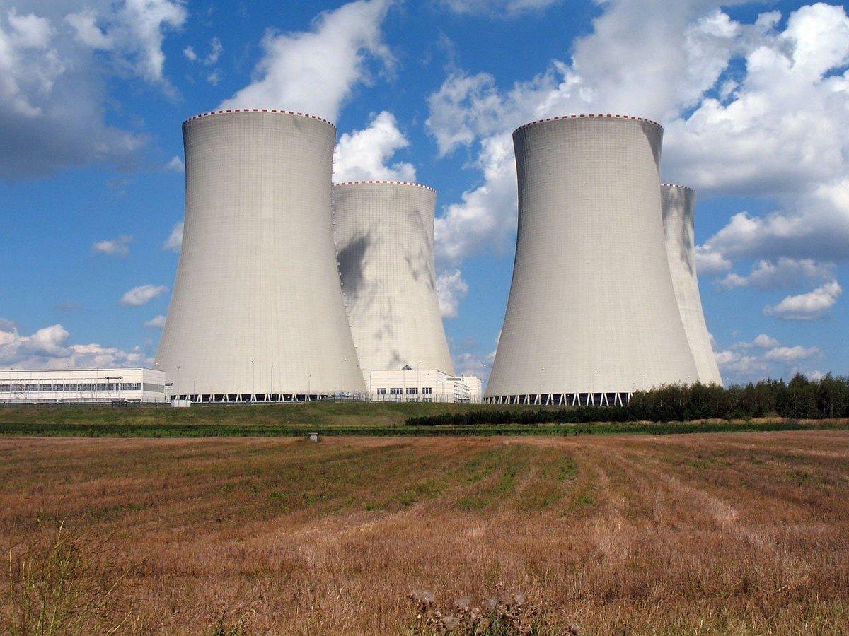 énergie fossile nucléaire.jpg