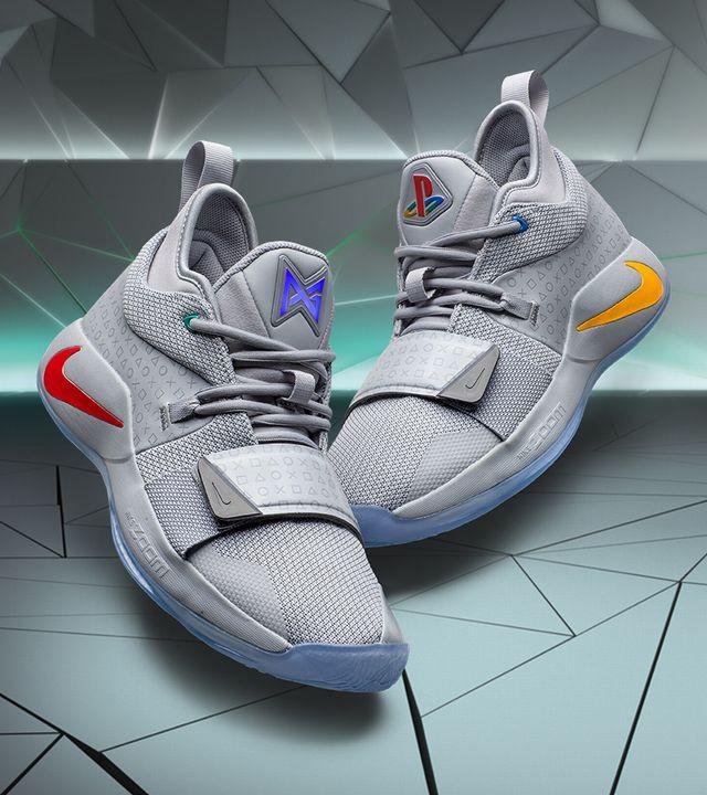 wholesale dealer 304d1 8cabe Des baskets Nike aux airs de PlayStation Classic