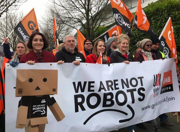 manif amazon robots.jpg