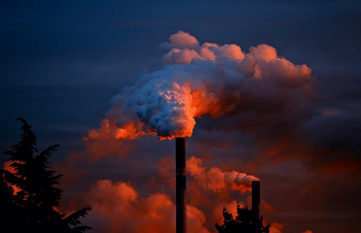 usine fumée.jpg