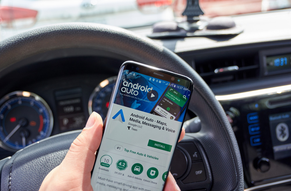 """raw - The """"Android Auto for Mobile"""" app available on the PlayStore"""