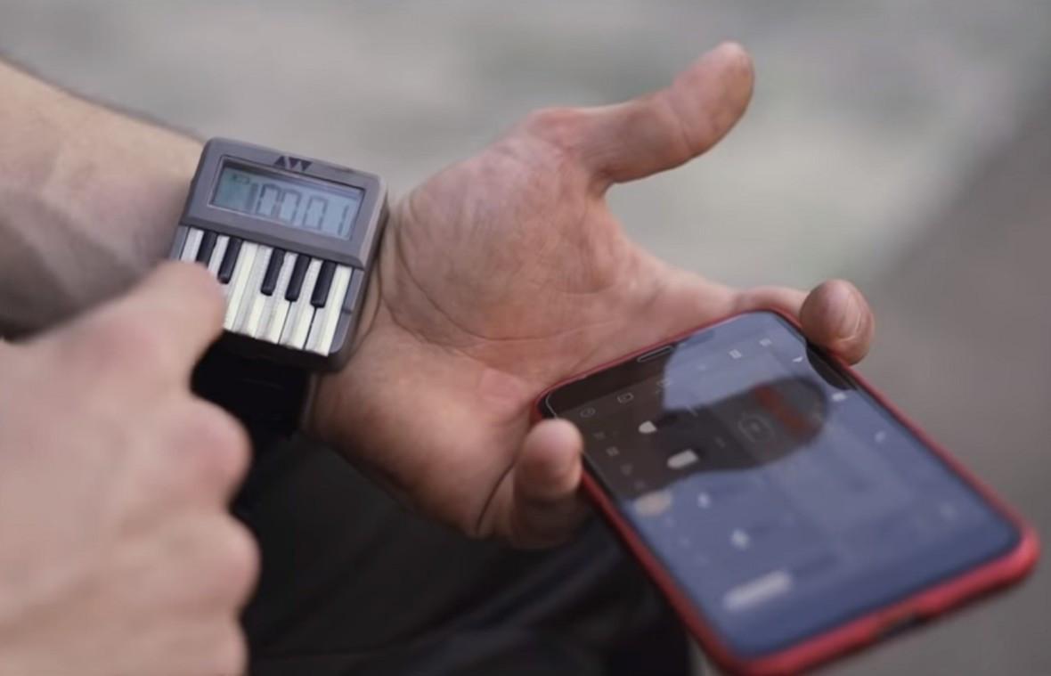 Audioweld Synthwatch montre synthétiseur