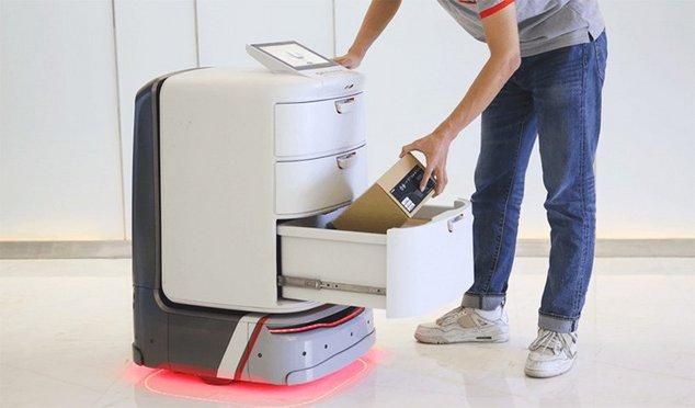 segway loomo delivery robot livreur