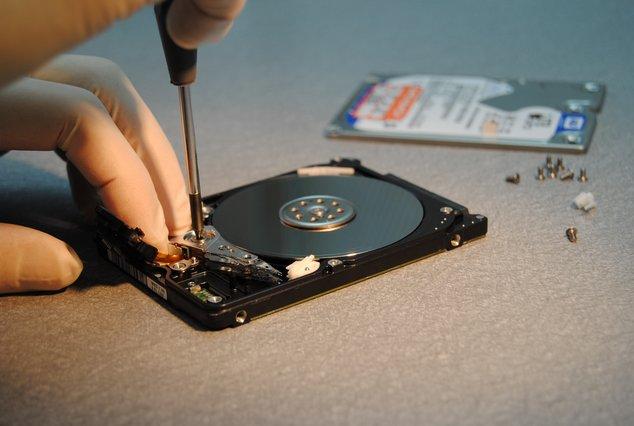 récupération données, databack, ouverture du disque en salle blanche