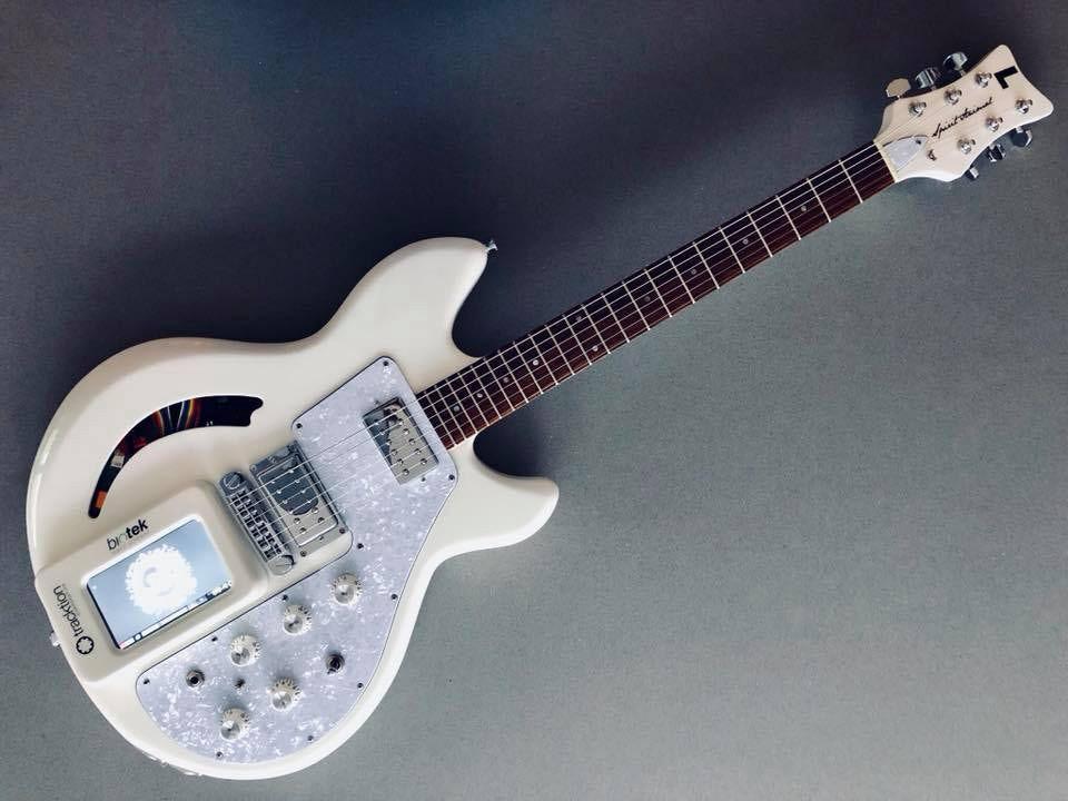 GuitareRaspberry2.jpeg