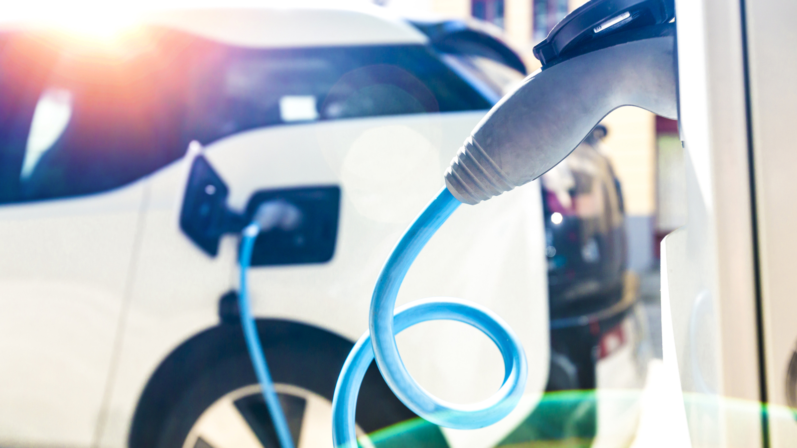Voiture électrique : combien coûte la recharge à domicile ?