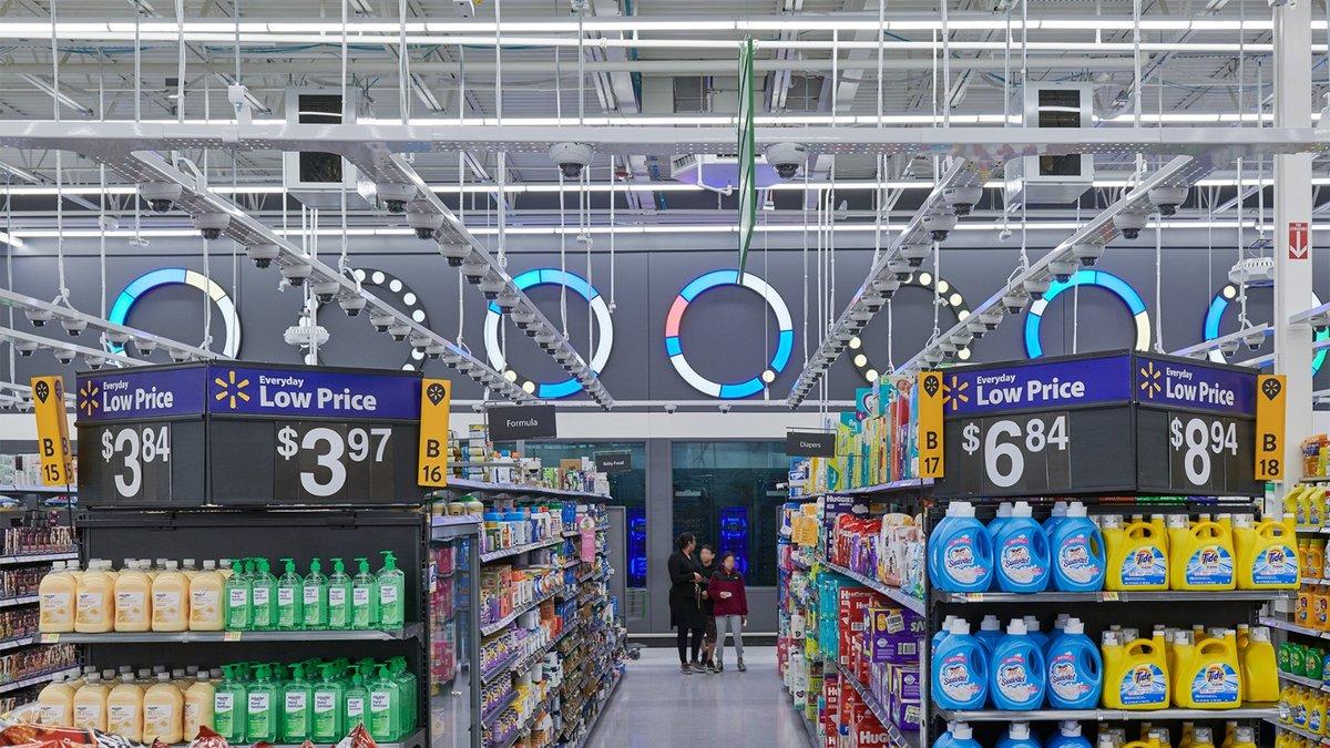 Walmart ouvre le premier (grand) magasin dopé à l'IA, avec caméras et écrans interactifs