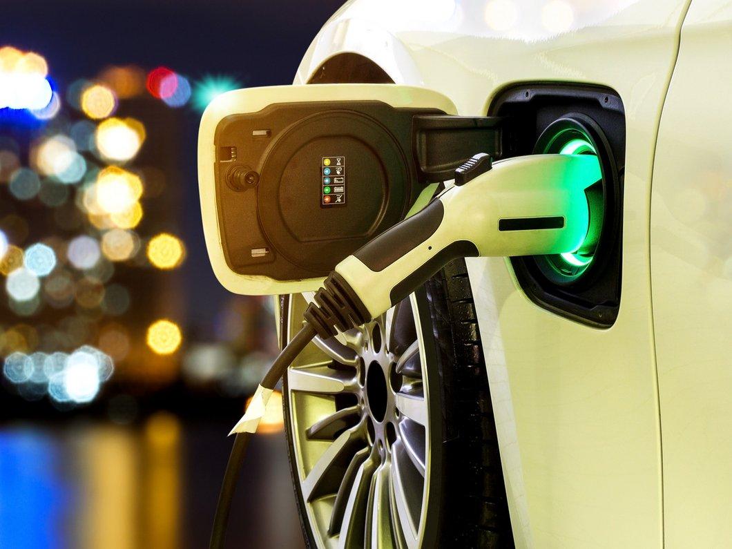 L'UE veut que les véhicules électriques et hybrides émettent du bruit à partir du 1er juillet