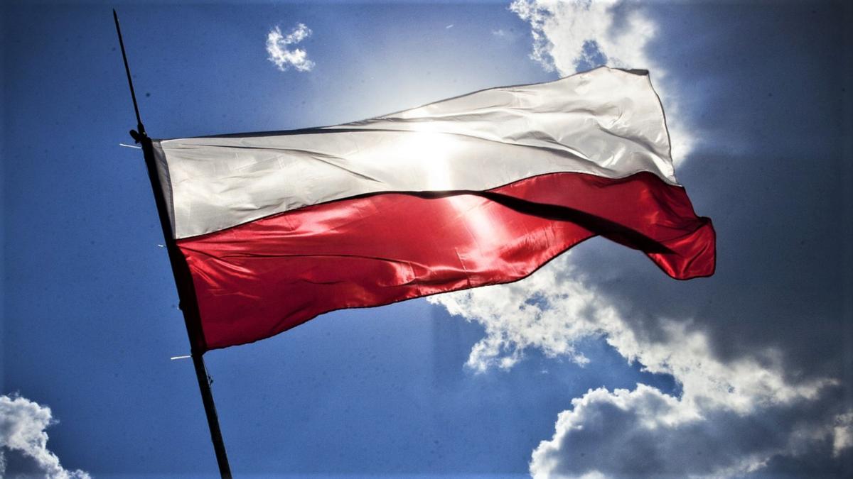 pologne-drapeau-pixabay.png