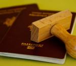 Les Pays-Bas et le Canada testent un vol sans passeport, suppléé par une appli blockchain
