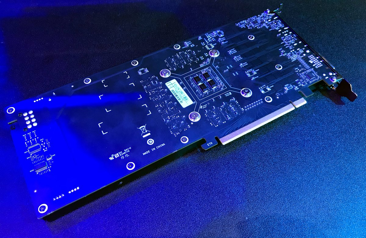 GTX 1660Ti single-slot2.jpg