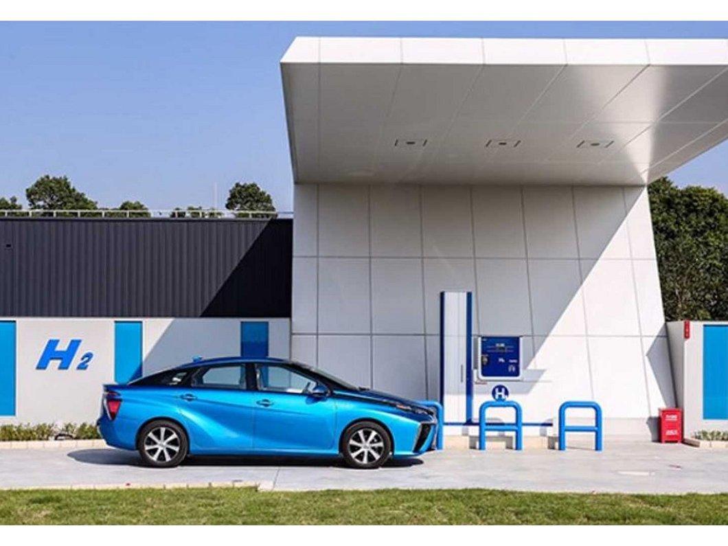 Une station de recharge en hydrogène explose en Norvège, Toyota et Hyundai marquent une pause
