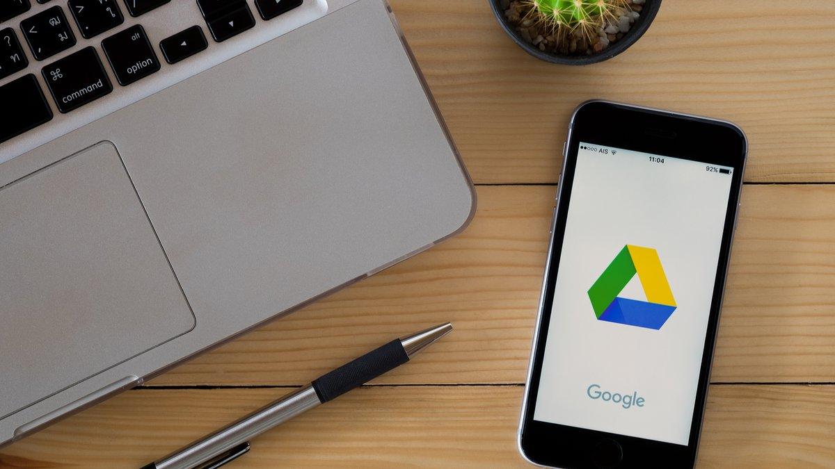 Google Drive © Satori Studio / Shutterstock.com
