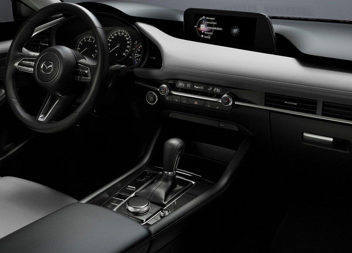 Mazda 3 2019 intérieur