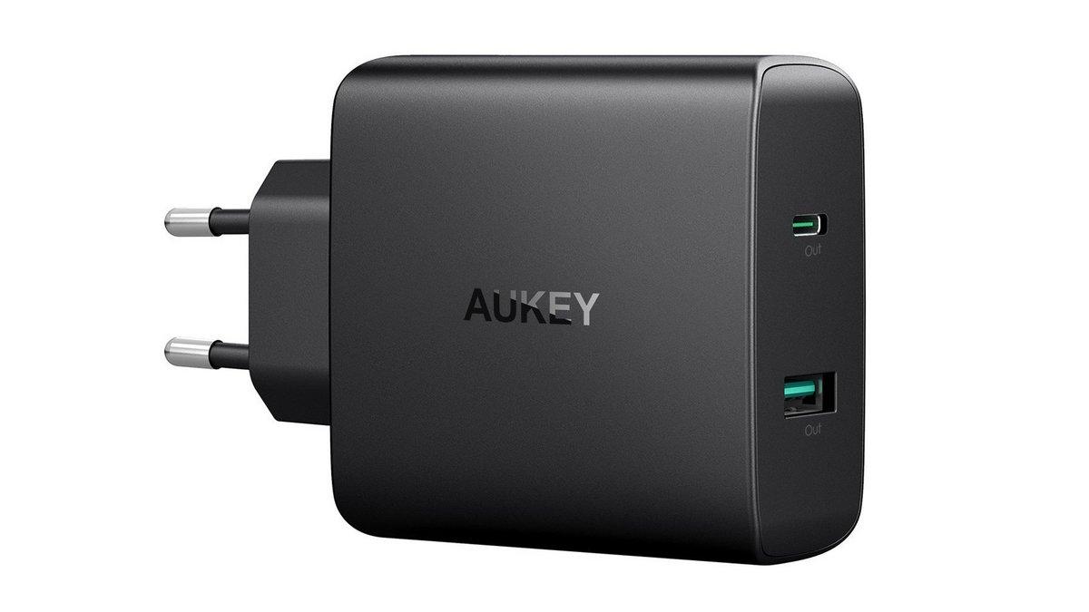 aukey_1600