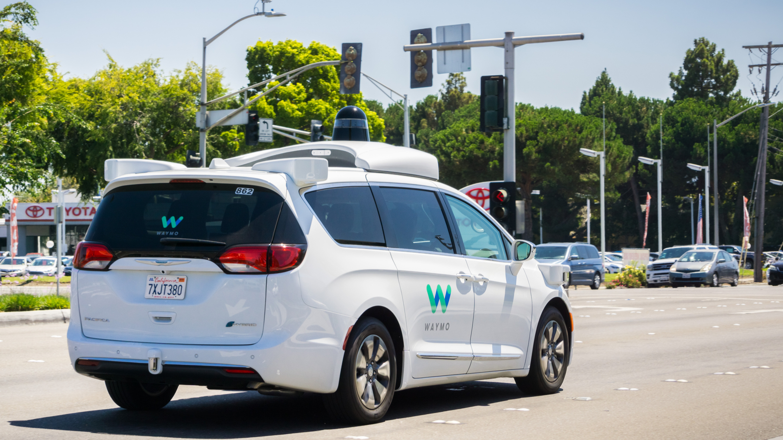 Waymo, la branche de véhicules autonomes de Google, signe un partenariat avec Renault-Nissan