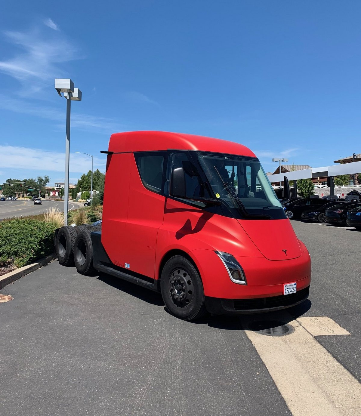 Tesla Semi_1
