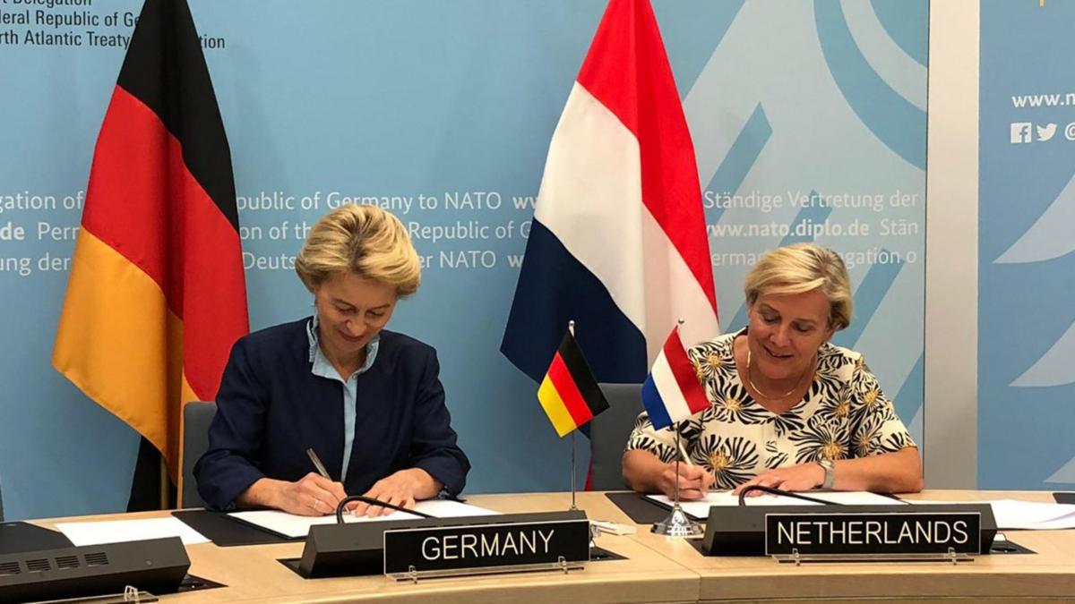 ministres défense Allemagne Pays-Bas.png
