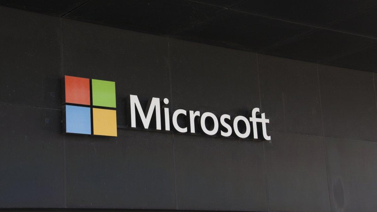 Microsoft Logo © JPstock / Shutterstock.com