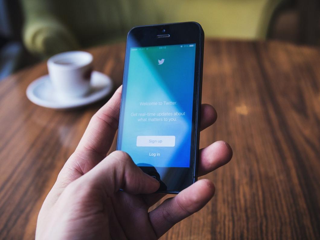 Bientôt une fonction de recherche pour les Messages privés dans Twitter