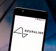 Neuralink : la start-up va partager ses premiers travaux de connexion cerveau-ordinateur