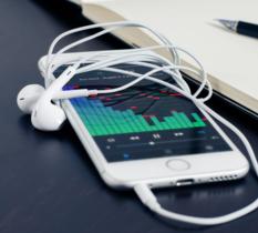 Les radios veulent que des quotas francophones soient imposés aux services de streaming