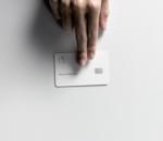 A peine lancée aux USA, Apple annonce que sa Card serait sensible au jean et au cuir