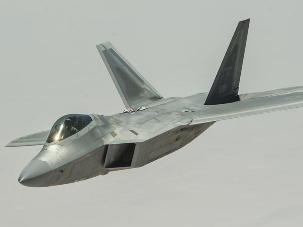 La Russie pourrait faire voler son innovant bombardier furtif, le PAK DA, dès 2025