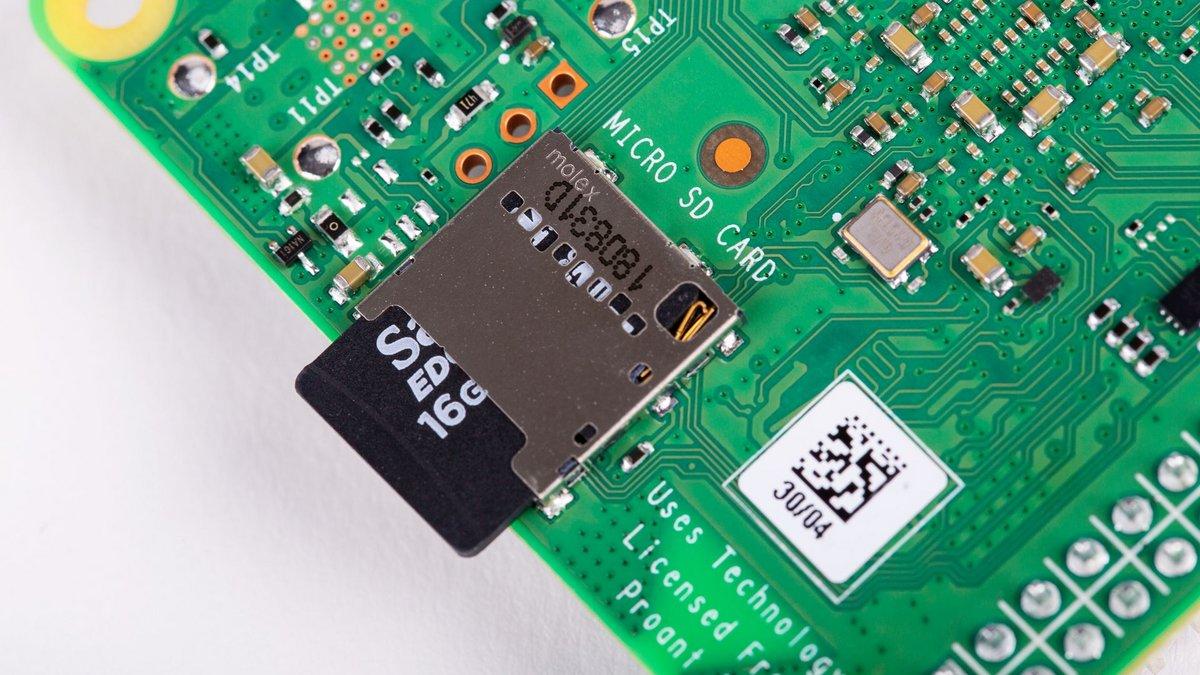 Raspberry Pi 4 B - Lecteur microSD