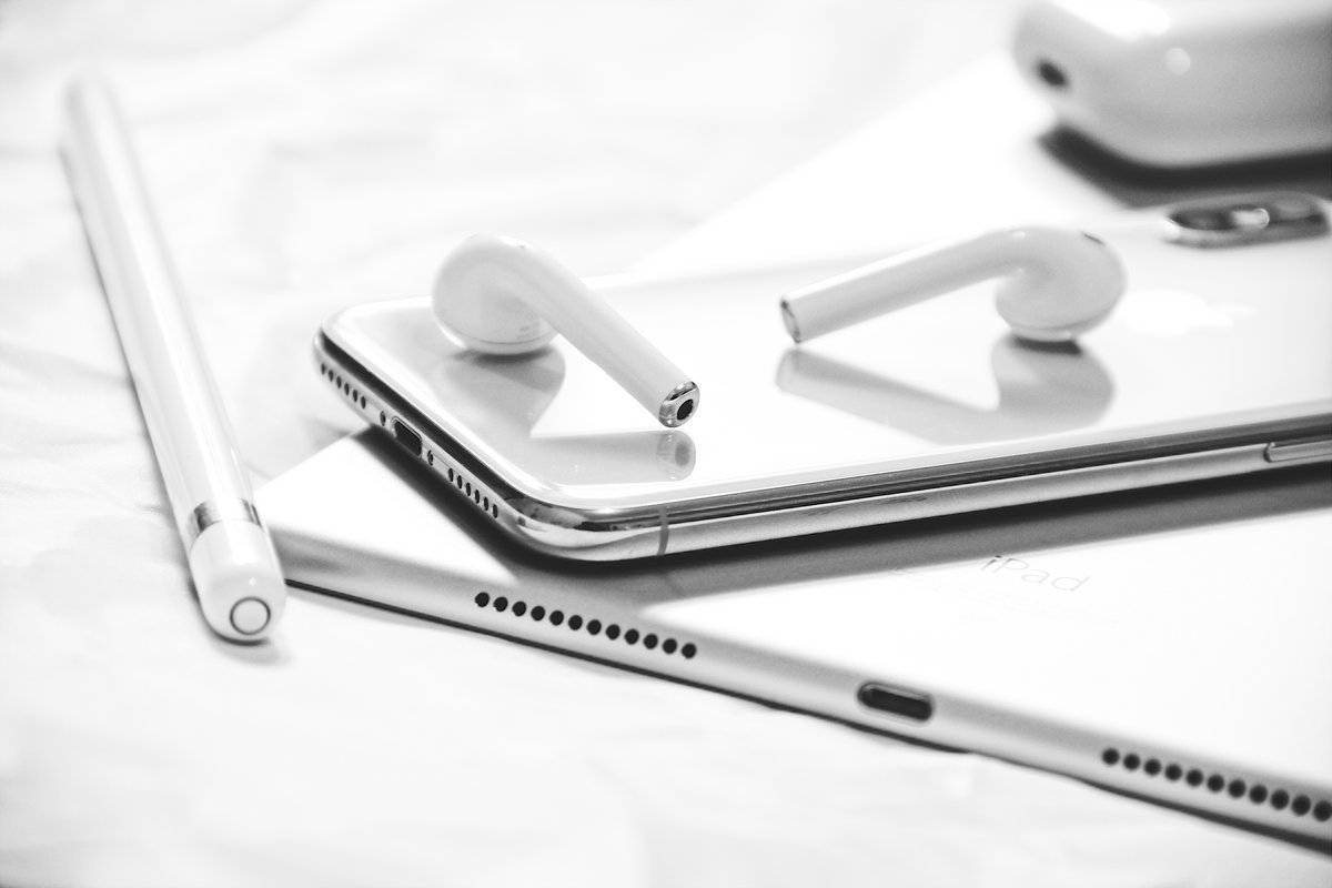 Apple AirPods Pencil Wearables