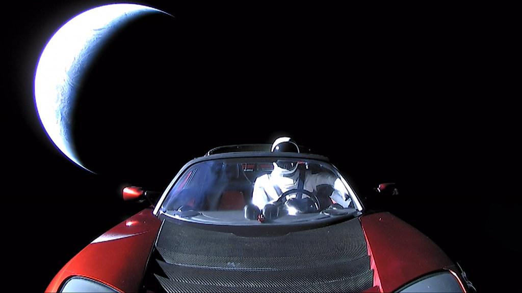 Starman tesla roadster