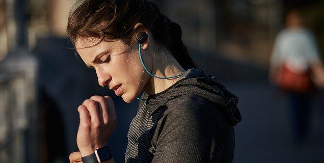 Quels sont les meilleurs écouteurs tour de cou ? Comparatif 2021