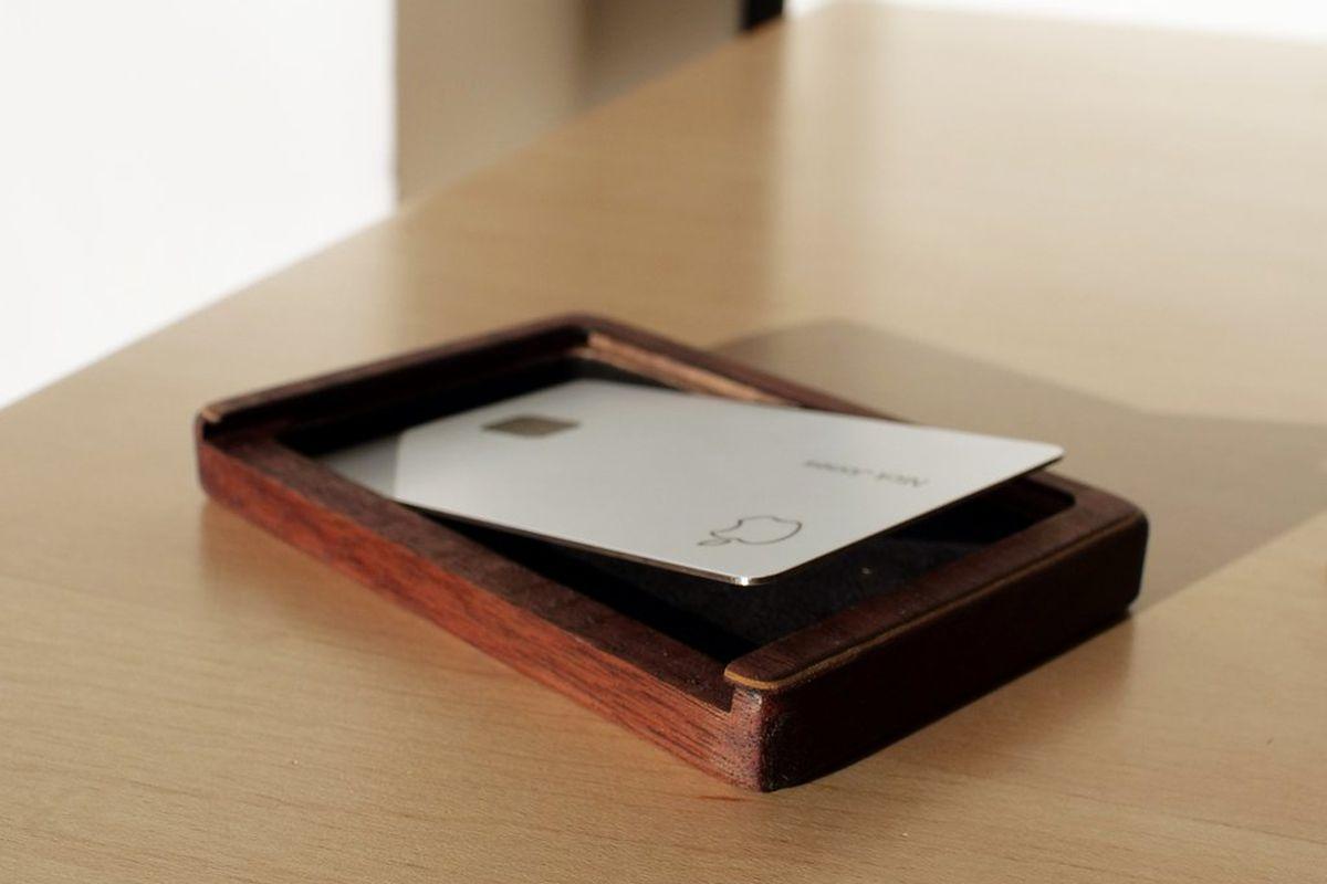 Apple Card Kerf