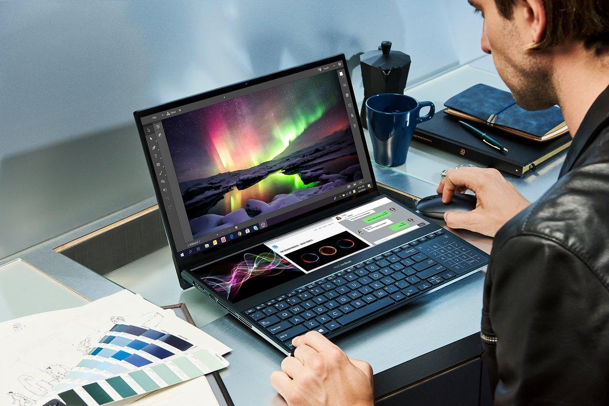 ZenBook Pro Duo_UX581_Multitasking.jpg